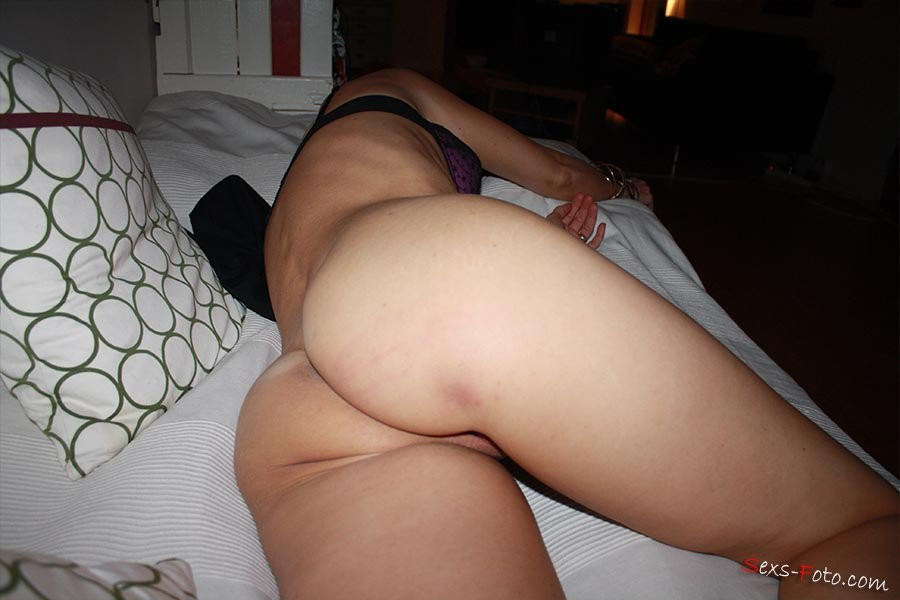 busty redhead tranny – Erotic