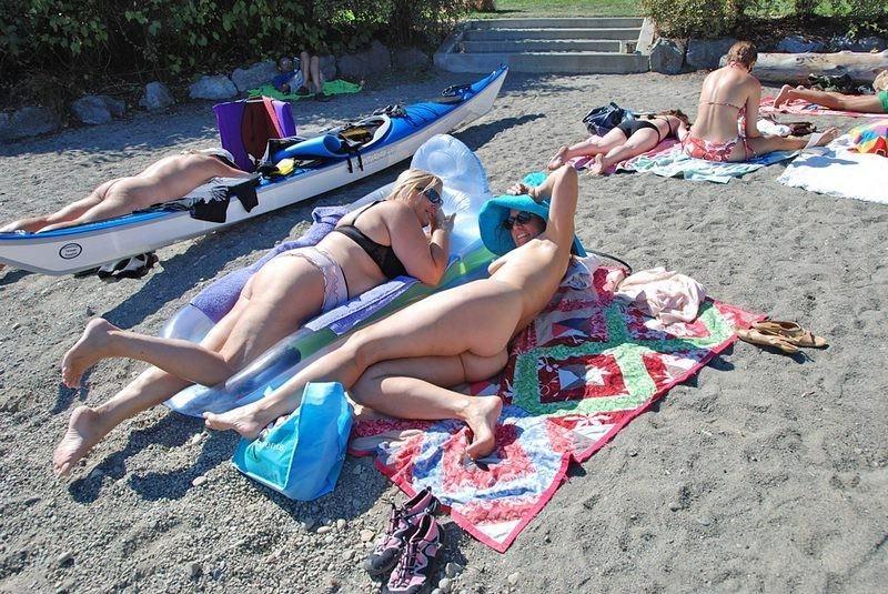 boob falls out of bikini – BDSM