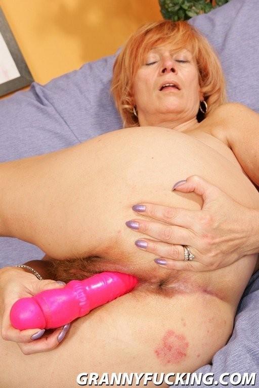 she lick pussy – Lesbian