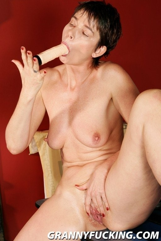 hallie berry showing pussy hair – Amateur