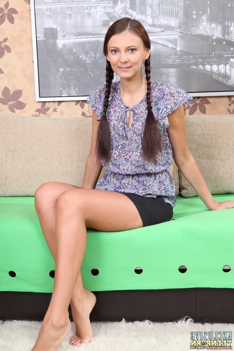 sexy pics of mandira bedi – Pantyhose